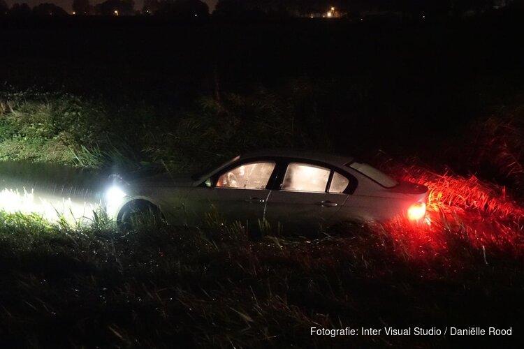 Auto in sloot in Hoogkarspel