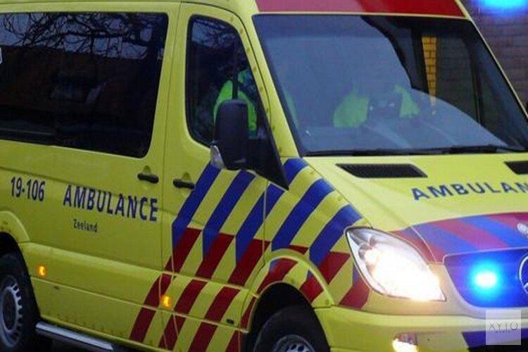 Busje van de weg in Hoorn, bestuurder (19) uit Venhuizen naar ziekenhuis