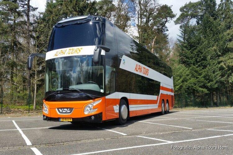 """Verontwaardiging bij busbedrijf over regels: """"Iedereen mag gaan, wij staan stil"""""""