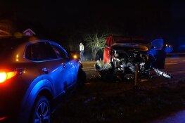 Frontale botsing op N506 in Schellinkhout, twee gewonden